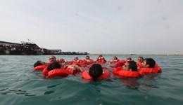 آموزش بقا در دریا و HEUT