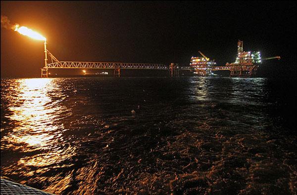 ایران برای ترمیم کسری بودجه نیاز به نفت 55.3 دلاری دارد