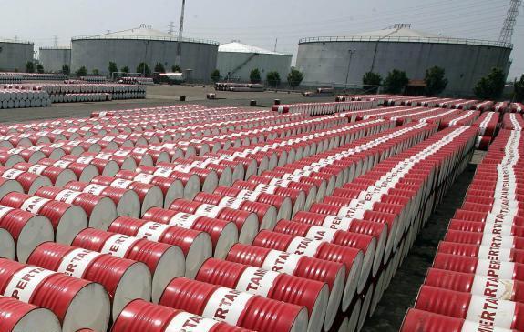 صادرات نفت به 2.35 میلیون بشکه در روز خواهد رسید