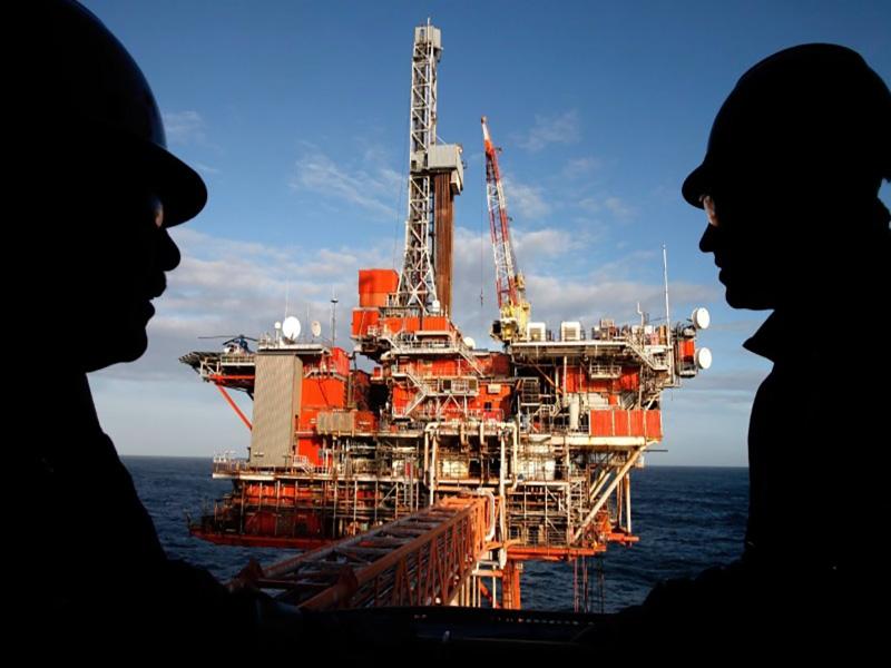 10 شغل پردرآمد نفتی برای دانش آموختگان نفتی
