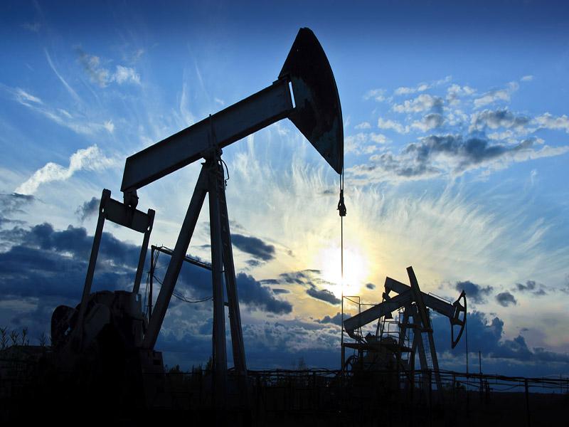 توقف افت قیمت نفت در پی کاهش تعداد دکلهای فعال حفاری آمریکا