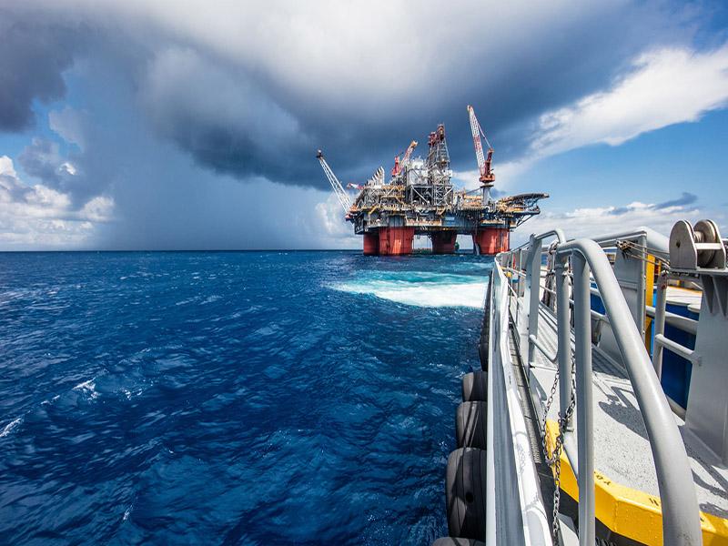 افزایش ذخایر نفت کشورهای صنعتی در سال آینده
