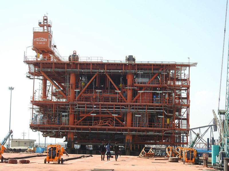 پکیج دریایی فاز ۱۴ پارس جنوبی تا پایان سال تکمیل میشود