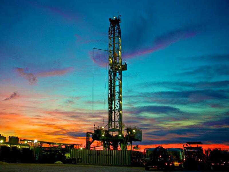 سکون سکوهای حفاری؛ افزایش قیمت نفت جهانی