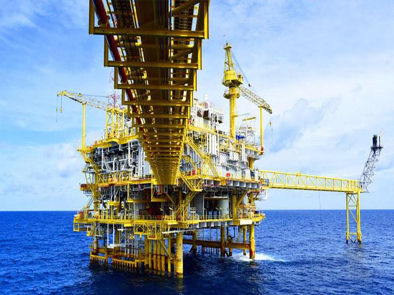 قرارداد توسعه میدان نفتی عربستان به آمریکاییها رسید