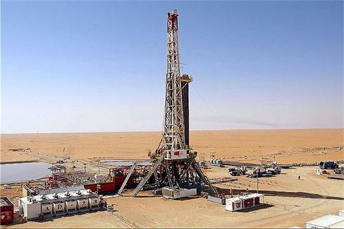 شمارش معکوس برای پایان عملیات حفاری ۷ حلقه چاه نفتی در میدان آذر